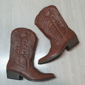Cowgirl cowboy  brown boots sz 9.5